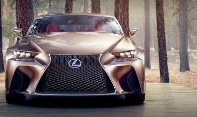 Lexus experiments with ... movement